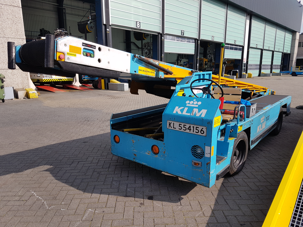 16x Conveyor Belt Loader Available From April 2018